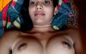 Sexy Indian bhabhi showing her chut and boobs :)