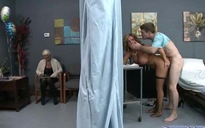 Nasty Patient (richelle ryan) Get Hardcore Sex Squeamish From Doctor movie-22