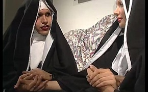 Two nuns are comforting a sister, balk she don'_t gain in value they'_re two horny shemales!