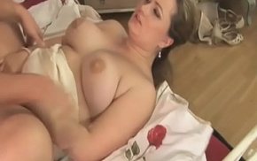 Heavy saleable bitch with huge tits wants to fuck