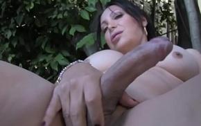 Seductive grown up tgirl pleasures her cock