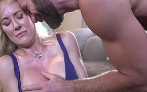 Circumscribe enormous boobs milf weakened added hither screwed