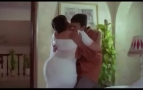 Hot Aunty  plus Servente Romantic Scenes    Tamil hot oomph chapter